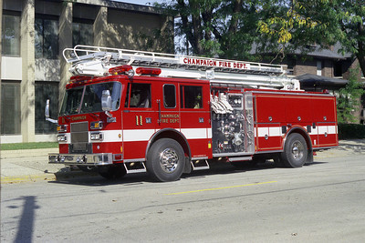 CHAMPAIGN FD  ENGINE 11  PIERCE ARROW