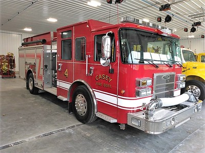 CASEY FD  ENGINE 4  PIERCE SABER   PASSENGER SIDE   JIM HUDDELSON PHOTO