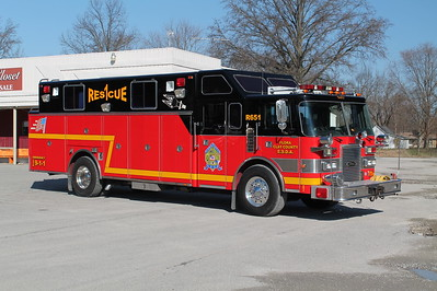 FLORA - CLAY COUNTY ESDA  RESCUE 651  1991 PIERCE LANCE  300-200  X- BEL ALTON FD, MD   E-5986     OFFICERS SIDE    FRANK WEGLOSKI PHOTO
