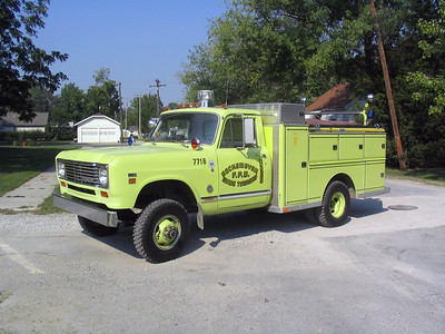 BECKMEYER WADE FPD  RESCUE 7718  1974  IHC 200 4X4 - FIREMASTER   250-250 -