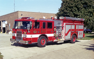 DEKALB  ENGINE 1   1995 PIERCE SABER 1500-750  E-8780