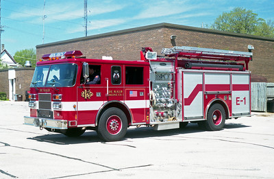 DEKALB  ENGINE 1  2001 PIERCE SABER  1500-750  #12318