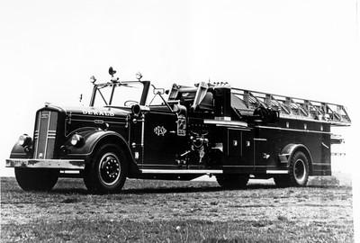 DEKALB  TRUCK 1  1956  WLF - MAXIM  85'  #3922