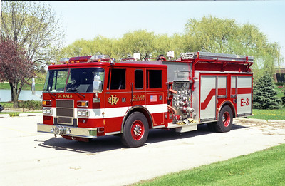 DEKALB  ENGINE 3  1995 PIERCE SABER  1500-750-30F  E-8780
