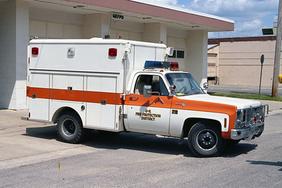 GENOA-KINGSTON FPD RESCUE 79   1975 CHEVY-PIERCE  WALKIN  BF