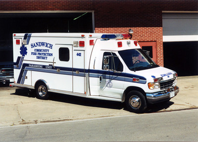 SANDWICH FPD AMBULANCE 442