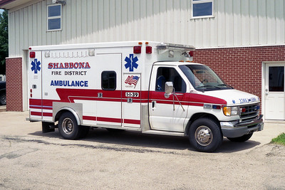 AMBULANCE 1-I-39    1997 FORD E-350 - ROAD RESCUE