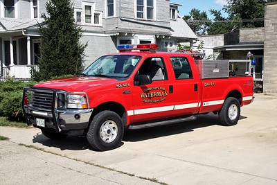 WATERMAN COMMUNITY FPD SQUAD 6  2004  FORD F350 4X4 - ALEXIS   400-250   SK-681