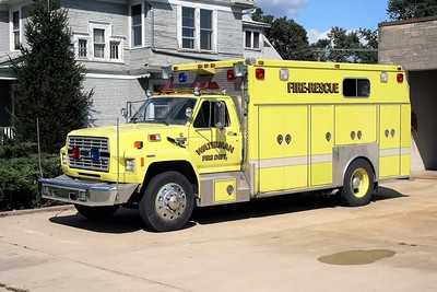 WATERMAN COMMUNITY FPD RESCUE 1  1986 FORD F-800 - McCOY MILLER  X- OHIO DEPARTMENT