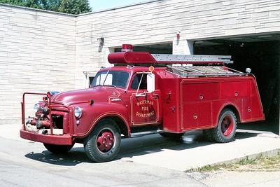 WATERMAN COMMUNITY FPD  TANKER 4  1952  GMC - PROGRESS   500-1000