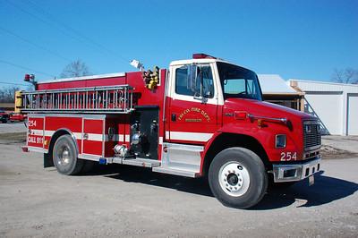 TRI-COUNTY FPD   ENGINE 255   2001 IHC 4900 - SMEAL   1000-1250     DAVID HORNACEK PHOTO PHOTO
