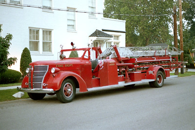 VANDALIA LADDER 73  ALFCO 600 SERIES MIDSHIP