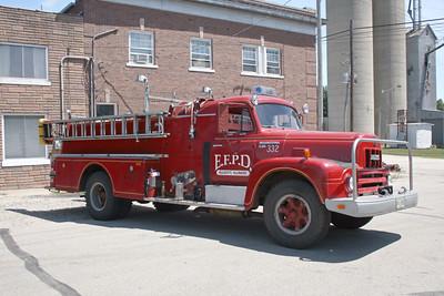 ELLIOTT    ENGINE 332  1961 IHC R-185 - HOWE  750-500   X-PAXTON FPD  #10928