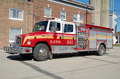 ELLIOTT   ENGINE 321  1999 FREIGHTLINER FL80 - SOUTHERN COACH  1250-1000 (536)   BILL FRICKER PHOTO