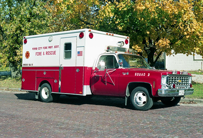 PIPER CITY  SQUAD 3   1976 CHEVY - EVF   X-WILMETTE FD