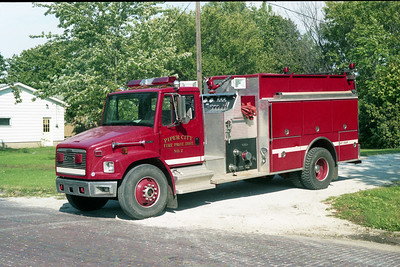 PIPER CITY  ENGINE 2  1997 FREIGHTLINER FL-80 - PIERCE  1000-1500   EA-393