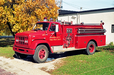 PIPER CITY  ENGINE 1  1966 GMC - DARLEY  750-1000