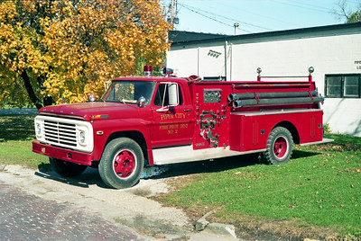 PIPER CITY  ENGINE 2  1971 FORD F - DARLEY  750-900