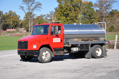 EWING- NORTHERN FPD  TANKER  1995  FREIGHTLINER - AH STOCK   0-2000     RYAN BROTHERS PHOTO