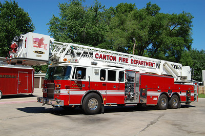 CANTON FD  TRUCK 1   1997 PIERCE DASH   1500 - 200 - 100' PAP   BILL FRICKER PHOTO