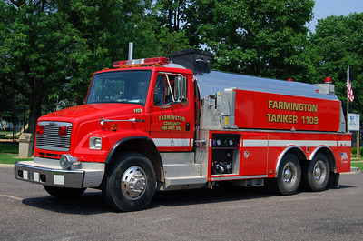 FARMINGTON FPD  TNK 1109  2002 FREIGHTLINER-ALEXIS  500-3500  #1783   BILL FRICKER PHOTO