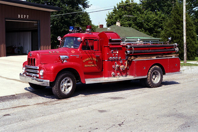 SHAWNEETOWN FD  ENGINE 2  IHC R190