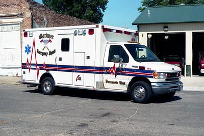 GARDNER FPD  AMBULANCE  6614  1999  FORD E250 - MARQUE   #3107
