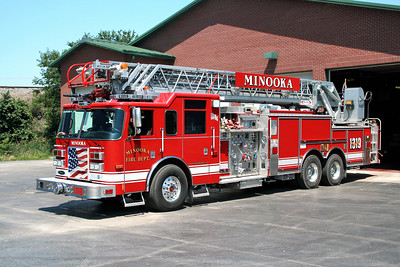 MINOOKA  TRUCK 1319  PIERCE ARROW  105'