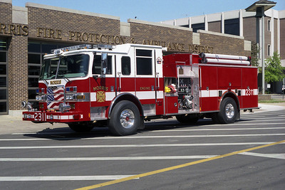 MORRIS FPD  ENGINE 2311  2005 PIERCE ARROW XT