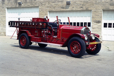 MORRIS FPD  ENGINE 1  1927 AMERICAN LAFRANCE
