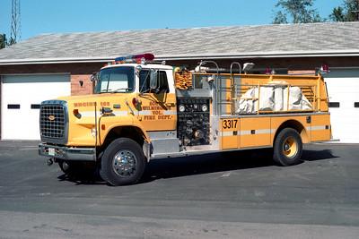 SOUTH WILMINGTON FPD  TANKER 3317  1980  FORD L9000 - PIERCE   1000-1500   E-0916   X- FMC FPD - FITHIAN IL