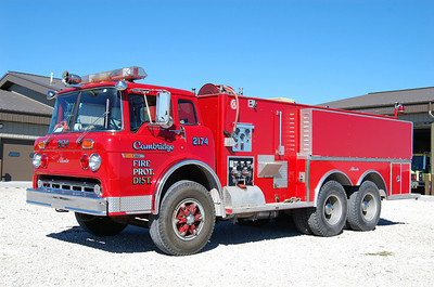CAMBRIDGE FPD  TNK 2174  1979 FORD C-8000 - ALEXIS  250-2000  (1223)  X-GENESEO FPD  B FRICKER PHOTO