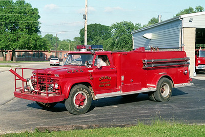 COLONA COMMUNITY FPD  TANKER 2  1964  CHEVY - ALEXIS   500-1200