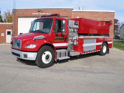 KEWANEE COMMUNITY FPD  TENDER 1    2011  FREIGHTLINER - ALEXIS  750-2000   BILL FRICKER PHOTO