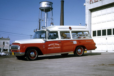KEWANEE  RESCUE SQUAD  1966 IHC   RON HEAL PHOTO