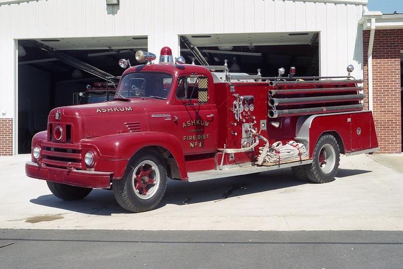 ASHKUM ENGINE 4  IHC-FIREFIGHTER