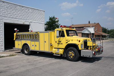 IROQUOIS-FORD FPD  ENGINE 2031  1989 IHC - ALEXIS   750-1500  X-FISHERS FPD   OFFICERS SIDE