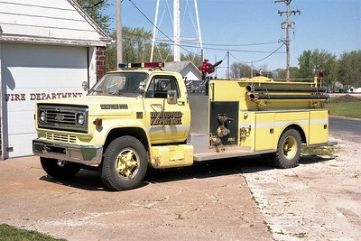 IROQUOIS-FORD FPD  ENGINE 2032  1977  CHEVY C65 - DARLEY   750-750   X- PIPER CITY FPD