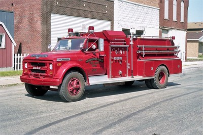 IROQUOIS-FORD  FPD  ENGINE 2033  1971  CHEVY - JOHN BEAN   70-1000   #21-71     X- GEORGETOWN FPD IL