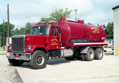MILFORD  TANKER 2475  GMC GENERAL -