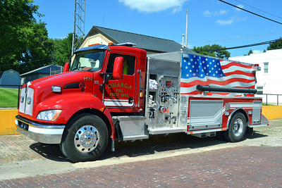 ONARGA  ENGINE 2574  2016 KENWORTH - ROCKET FIRE  1000-2380    BILL FRICKER PHOTO