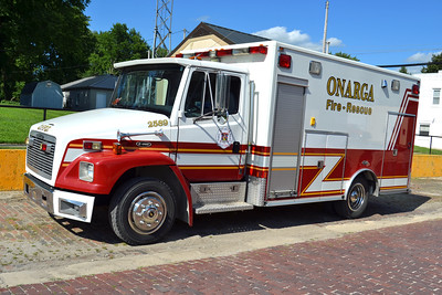 ONARGA  RESCUE 2589  1997 FREIGHTLINER FL-70 - E-ONE  250-200  X-EUREKA-GOODFIELD FPD RESCUE 4     BILL FRICKER PHOTO