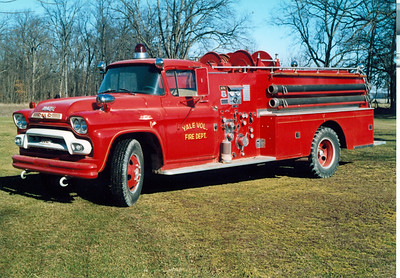 YALE  ENGINE  GMC - HOW  FRANK WEGLOSKI PHOTO