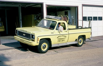 APPLE RIVER FD  BRUSH  1974  CHEVY - FD BUILT   250-250        MARK MITCHELL PHOTO