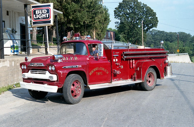 MENOMINEE  ENGINE 1   1958 CHEVY - FIREFIGHTER   250-600