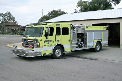 STOCKTON  ENGINE 411  ROSENBAUER COMMANDER