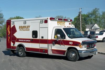 BRADLEY  SQUAD 40  2002 FORD E-250 - ROAD RESCUE  #4358