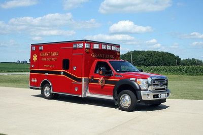 GRANT PARK  AMBULANCE 118   3015 FORD F450 - ROAD RESCUE