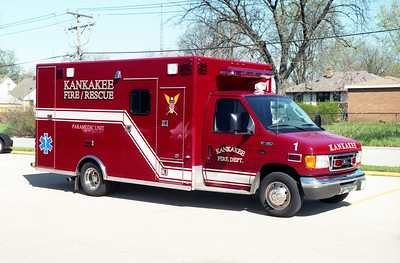 KANKAKEE  AMBULANCE 1  FORD E-450 -