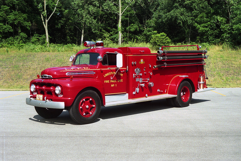 LIMESTONE FPD ENGINE 1 OLD FORD F